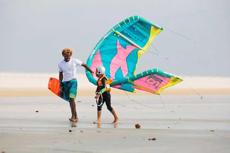 Op jonge leeftijd kitesurfen